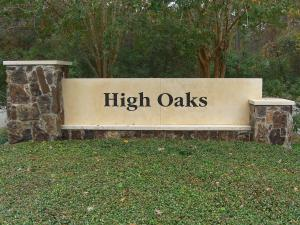 High Oaks Neighborhood Marquis